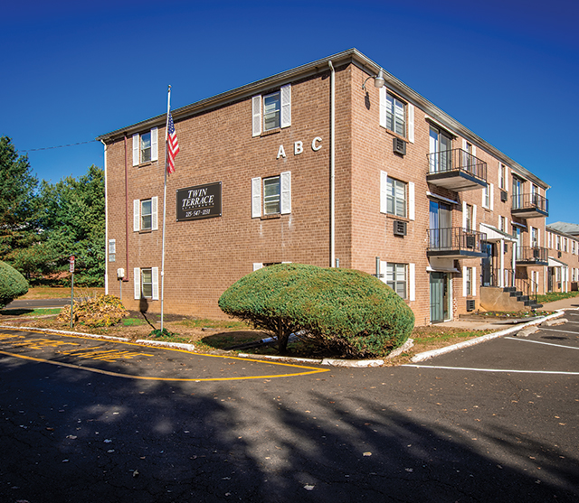 Twin Terrace Apartments For Rent In Levittown, PA $250 Rewards